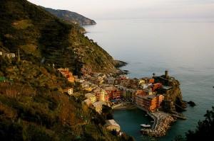 Pueblo incrustado en el mar - Vernazza